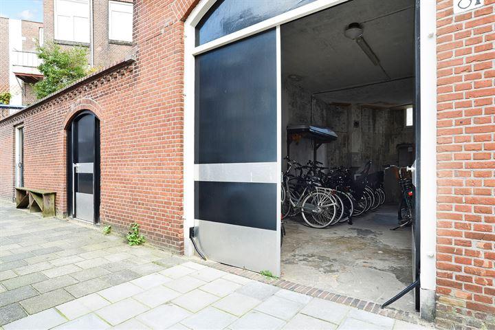 Jan van Houtstraat 81