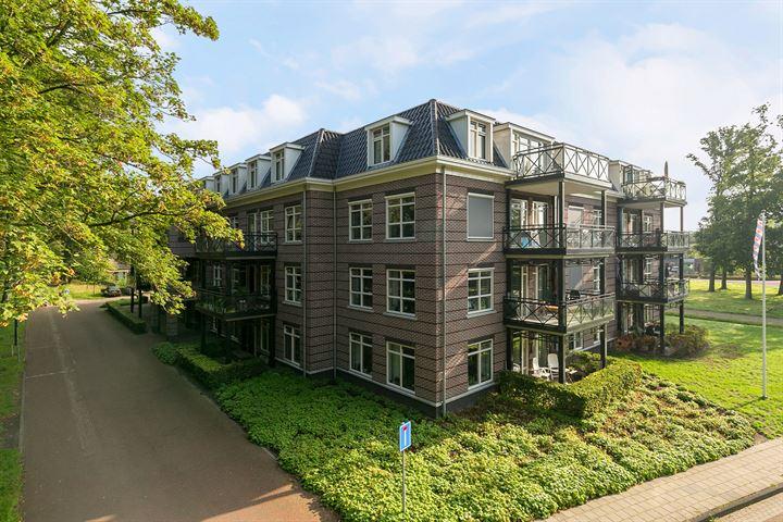 Van Lyndenpark 58