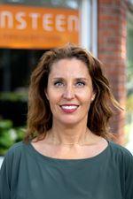Amber Nooij (NVM real estate agent (director))