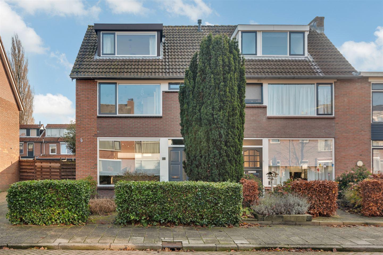 Bekijk foto 2 van Van Schendelstraat 12