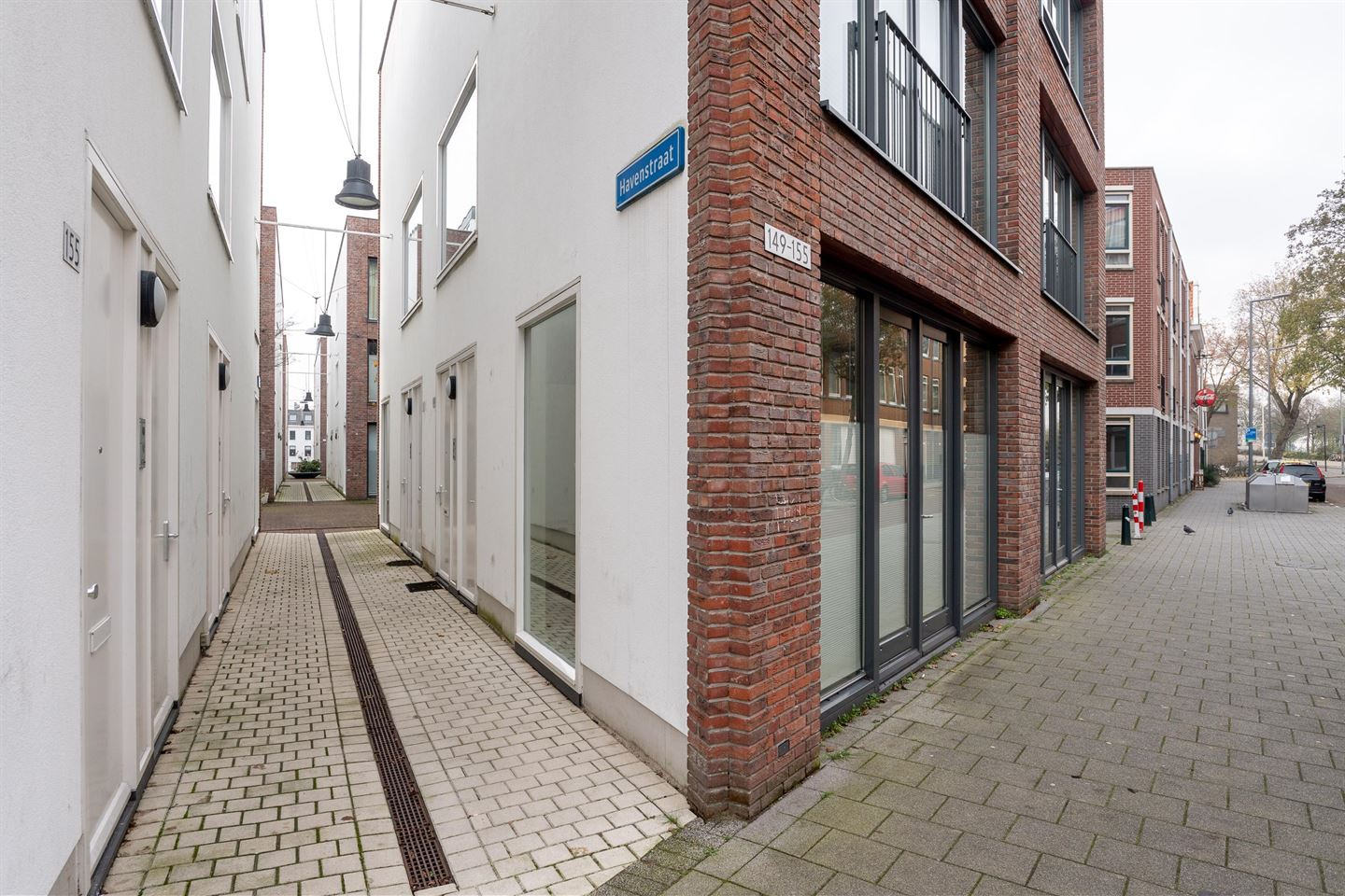 View photo 2 of Havenstraat 151