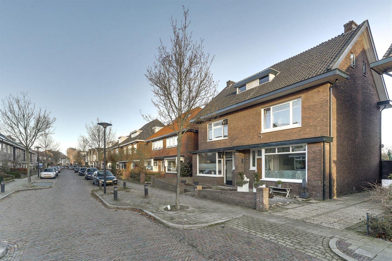 Bekijk foto 2 van Mesdagstraat 14