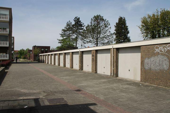 Garage Karel van Egmondstraat