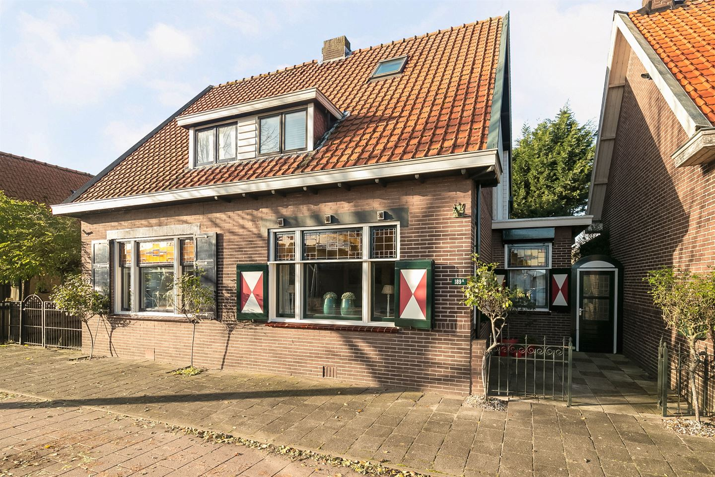 View photo 1 of Burg de Zeeuwstraat 189 A