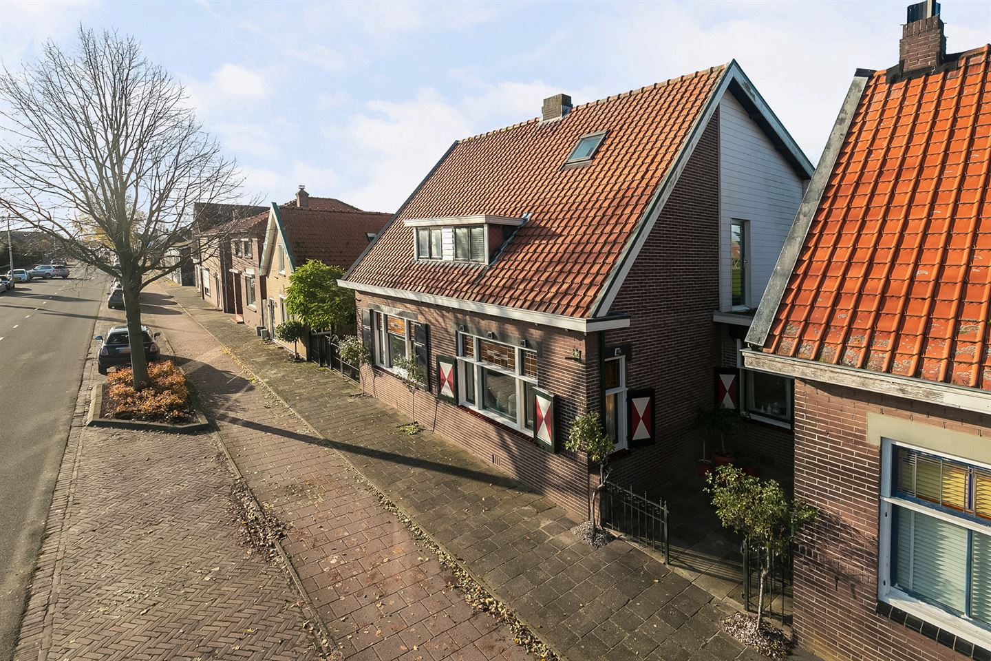 View photo 2 of Burg de Zeeuwstraat 189 A