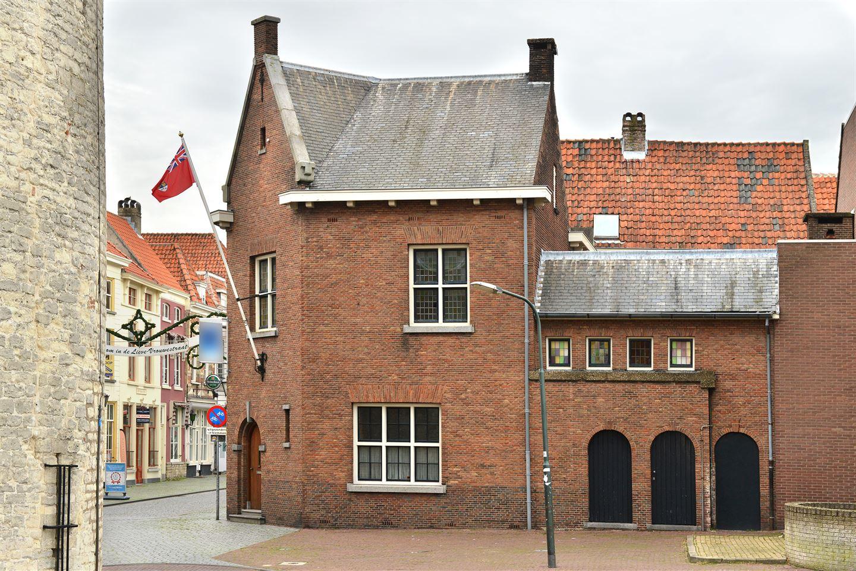 Bekijk foto 2 van Lievevrouwestraat 47