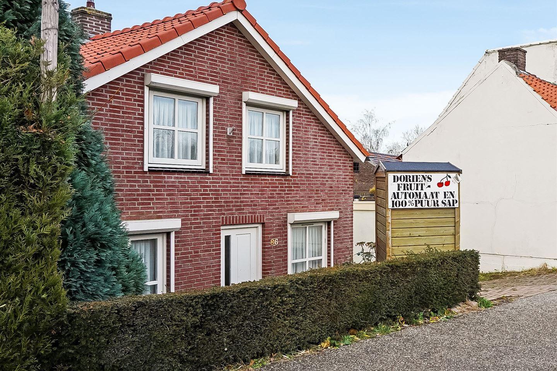 Bekijk foto 1 van Maasdijk 86