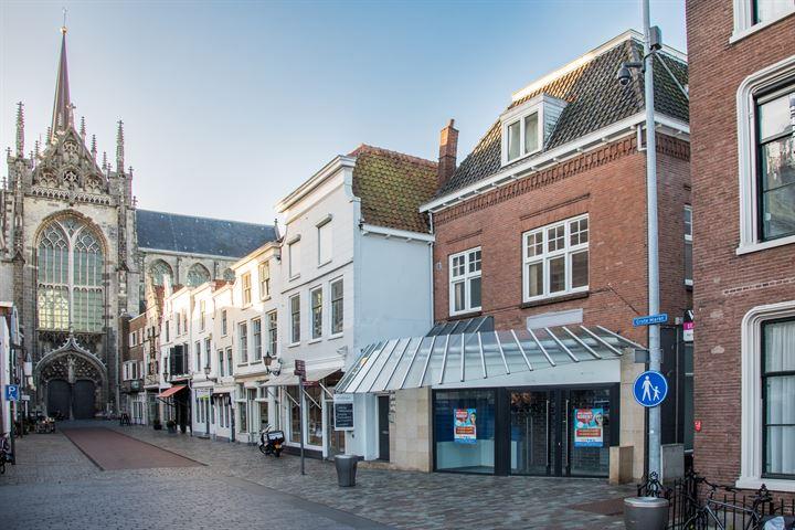 Korte Kerkstraat 1