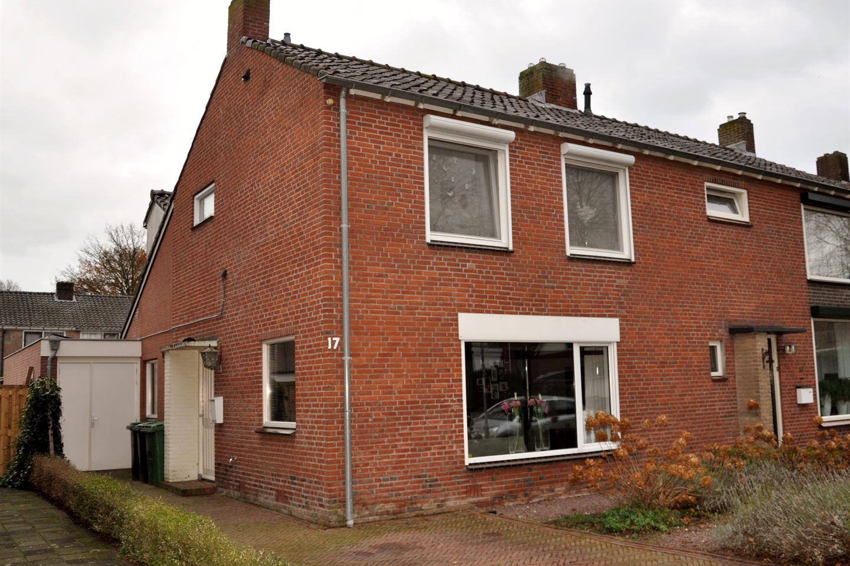 View photo 2 of Pastoor Beenenstraat 17