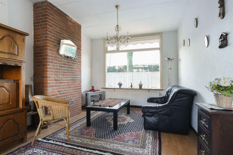 Bekijk foto 2 van Houweningestraat 14