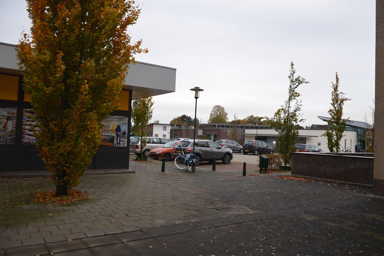 Bekijk foto 2 van Pieter Breughelstraat 55