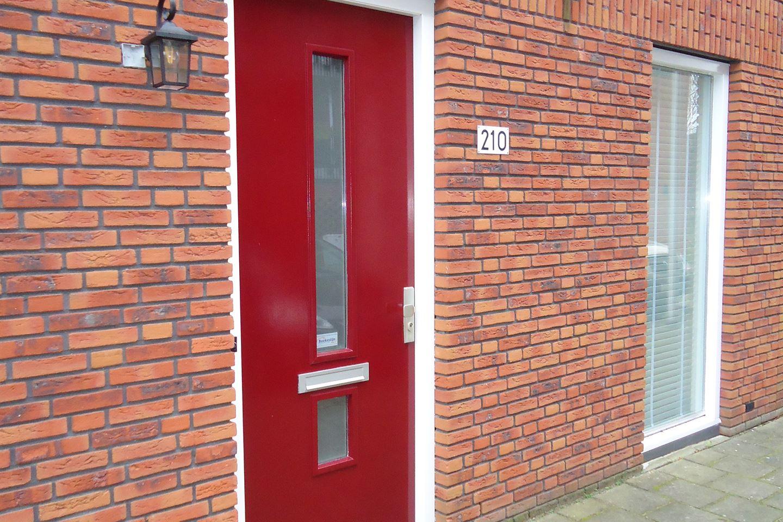Bekijk foto 2 van Prins Clausstraat 210