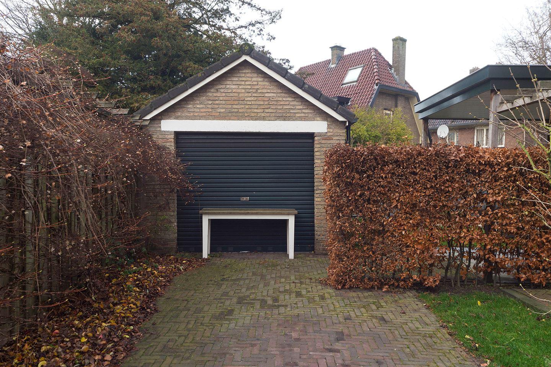View photo 3 of Verkeersweg 4