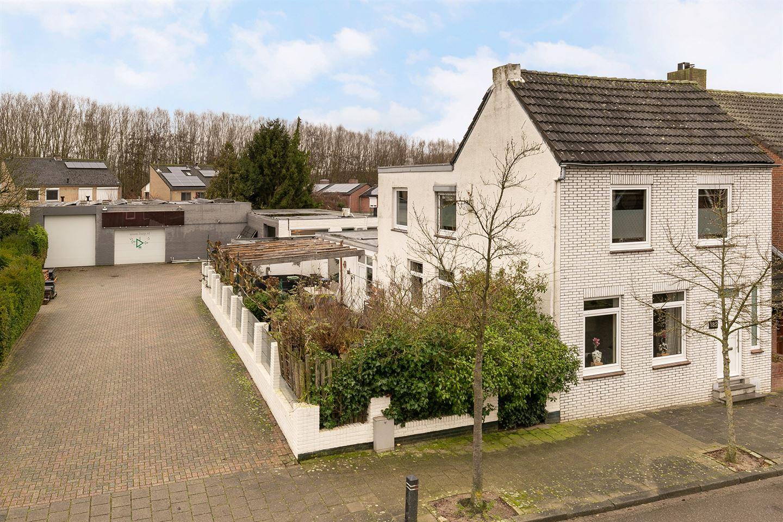 Bekijk foto 1 van Ridder Hoenstraat 182