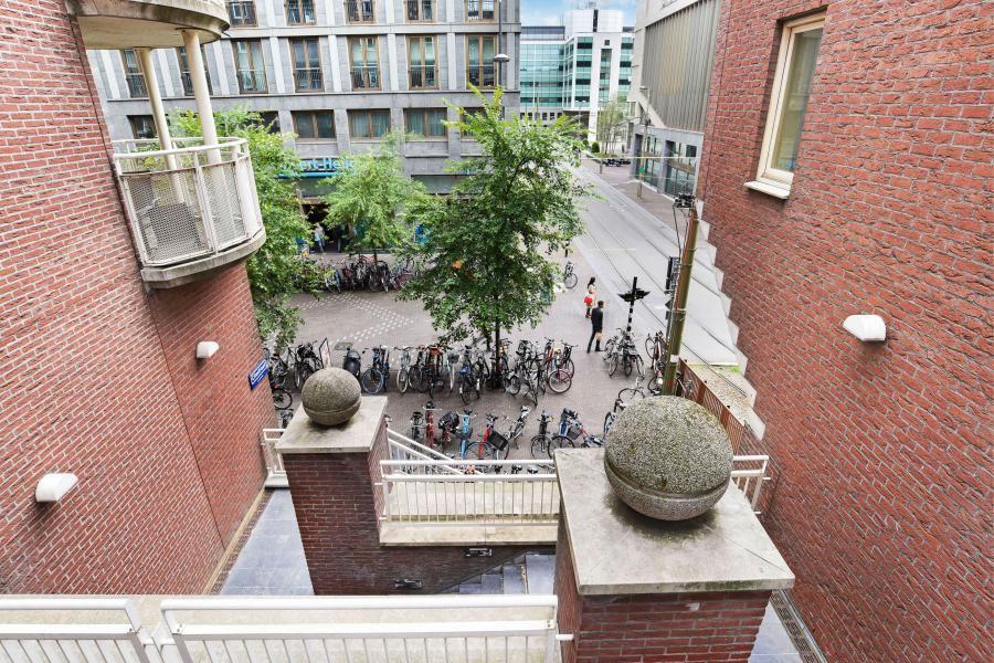 Bekijk foto 4 van Turfmarkt 130