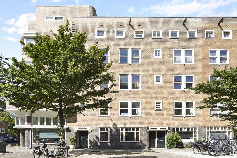 Bekijk foto 1 van Van Bossestraat 82 hs