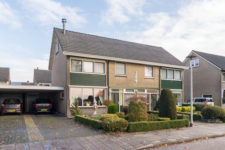Bekijk foto 1 van Weverstraat 35