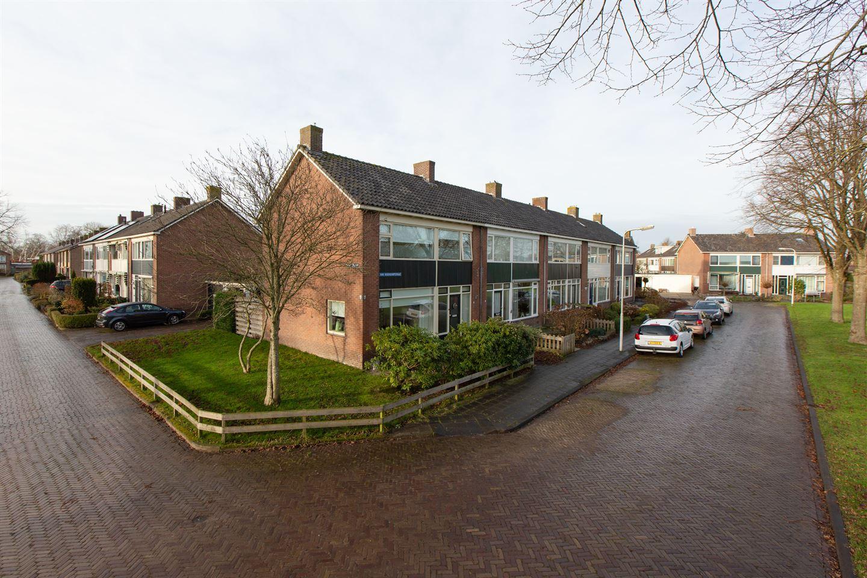 Bekijk foto 1 van van Hogendorpstraat 1