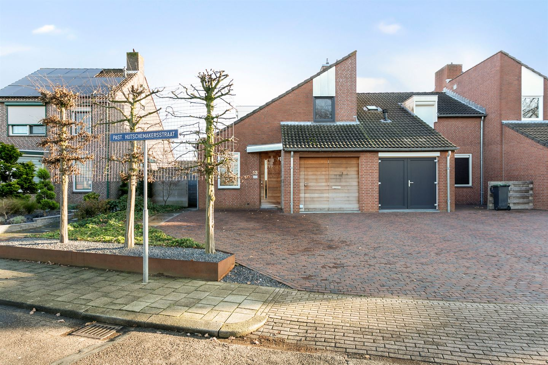 View photo 6 of Pastoor Hutschemakersstraat 13