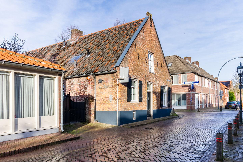 Bekijk foto 4 van St Odulphusstraat 28