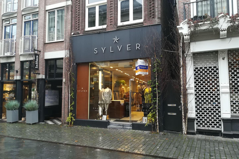 Bekijk foto 2 van Veemarktstraat 60