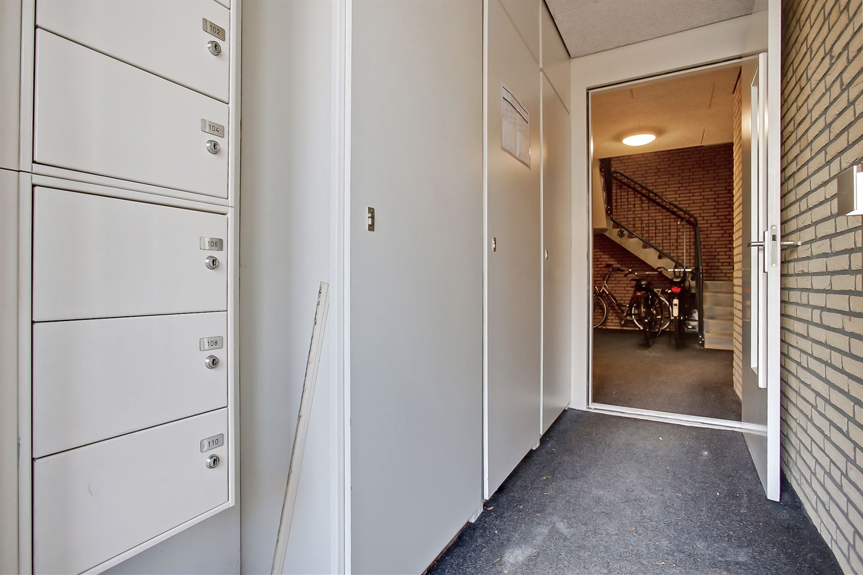 Bekijk foto 5 van C. van Maasdijkstraat 106