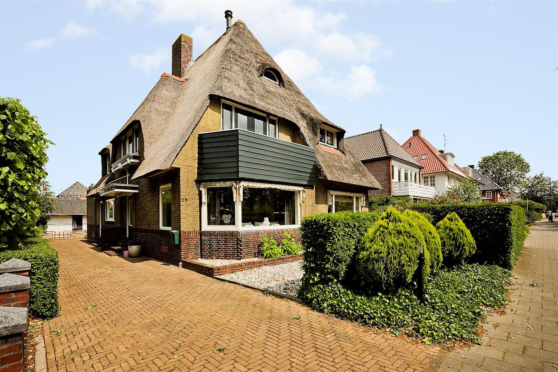 Bekijk foto 1 van van Beresteijnstraat 29