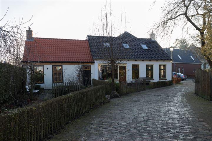 Kerkstraat 8