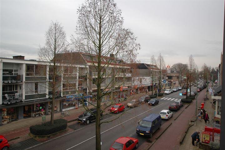 van Weedestraat 71 .