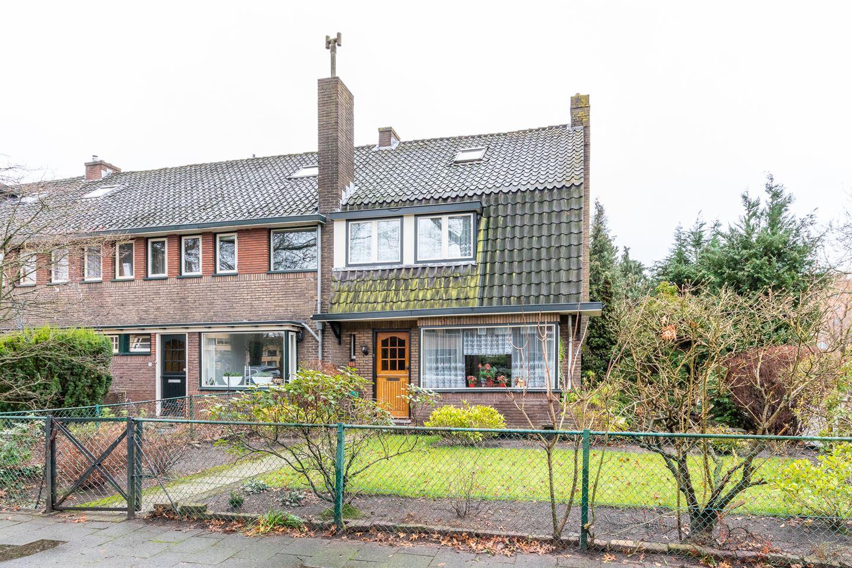 View photo 1 of Professor De Jongstraat 27