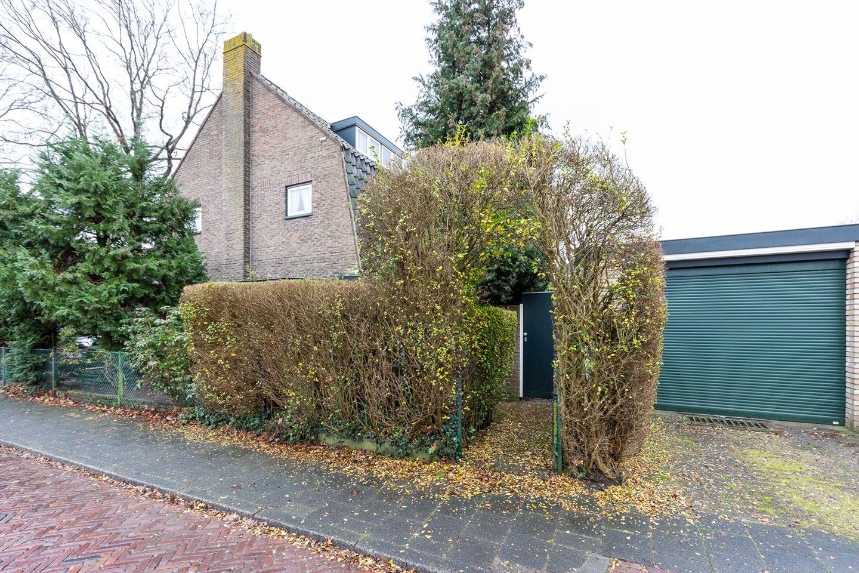 View photo 4 of Professor De Jongstraat 27