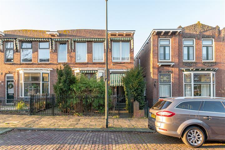 Voorstraat 32