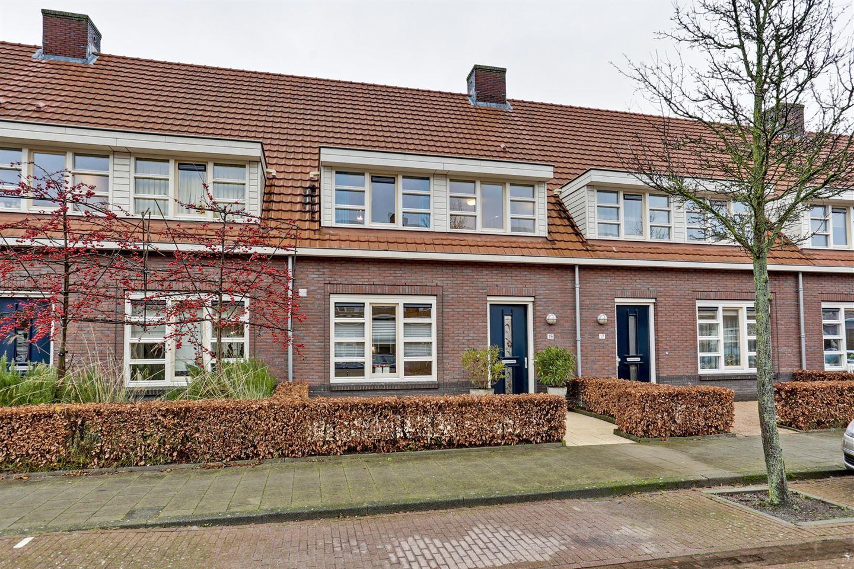 Bekijk foto 2 van Cornelis de Vriendtstraat 15