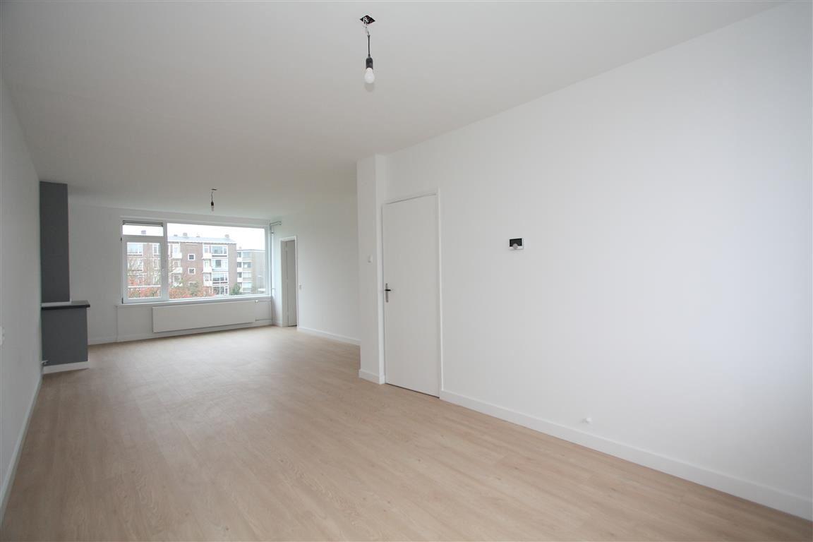 View photo 6 of van Leeuwenstraat 46