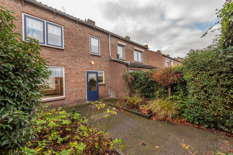 Bekijk foto 2 van Ribesstraat 39