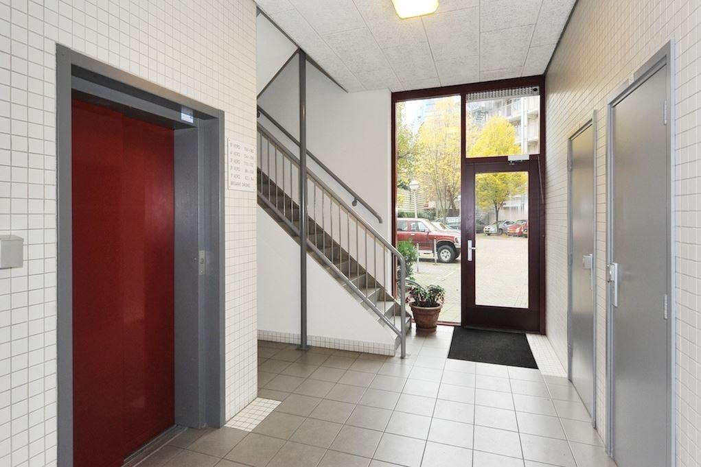 Bekijk foto 2 van Korte Houtstraat 156