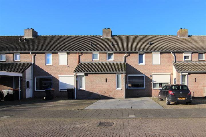 Dirkslandstraat 17