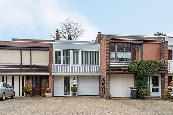Jacob Ruysdaelstraat 6
