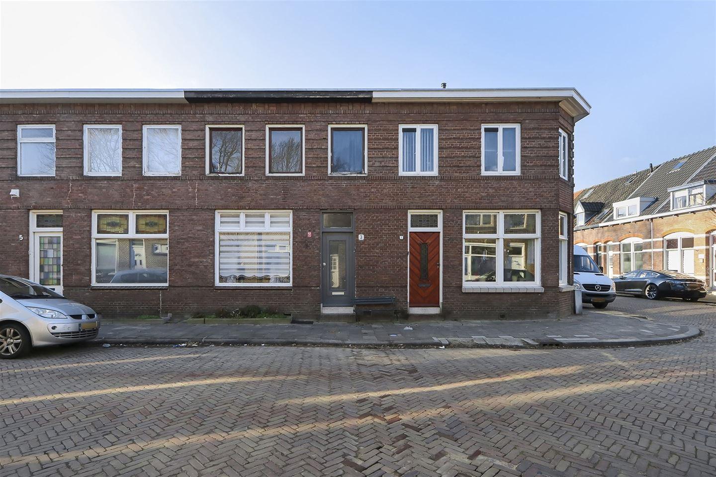 View photo 2 of Roemer Visscherstraat 3