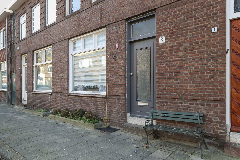 View photo 3 of Roemer Visscherstraat 3