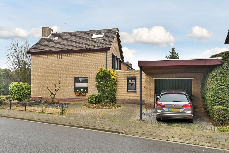 Bekijk foto 2 van Dorpstraat 122