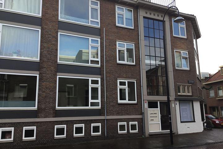 Torenstraat 9