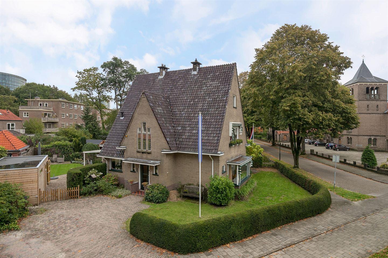 View photo 1 of Jachtlaan 185