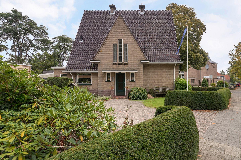 View photo 2 of Jachtlaan 185