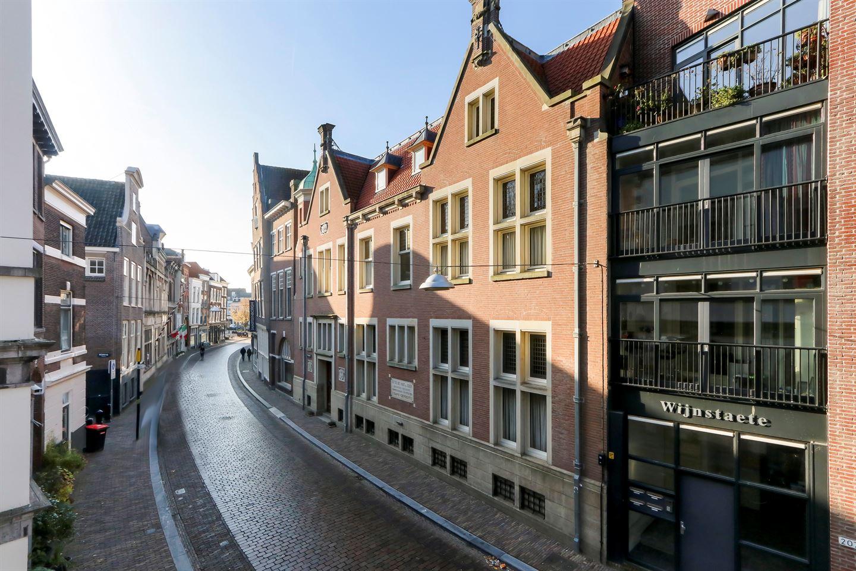 Bekijk foto 2 van Wijnstraat 209