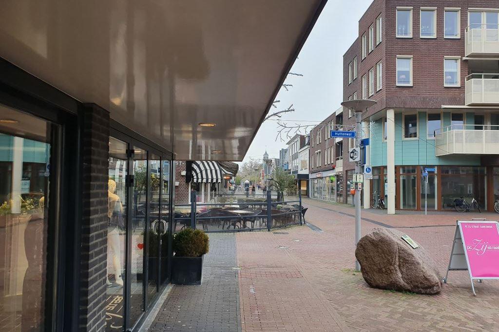 Bekijk foto 2 van Haarstraat 52