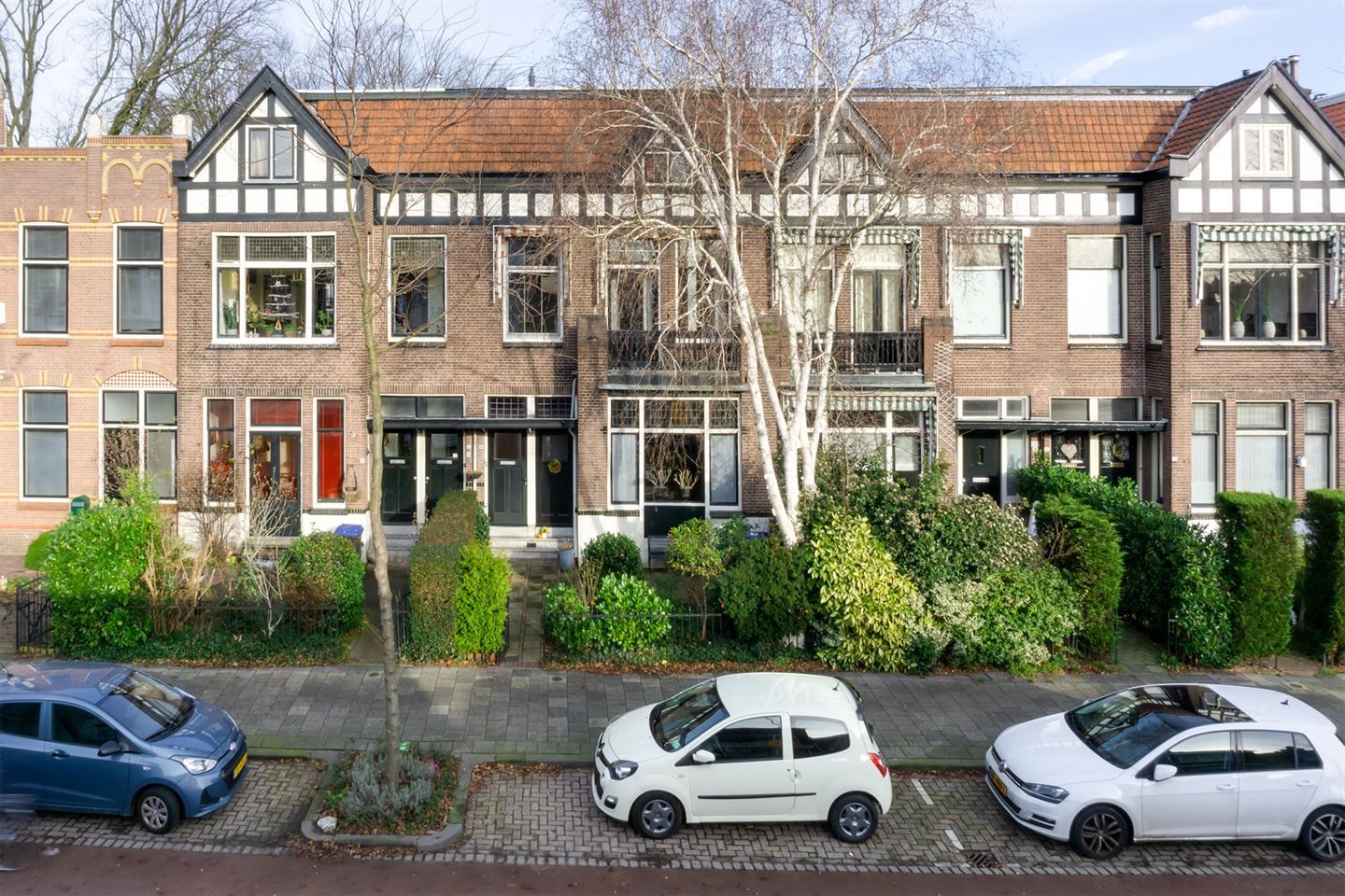 View photo 1 of Reeweg Oost 8