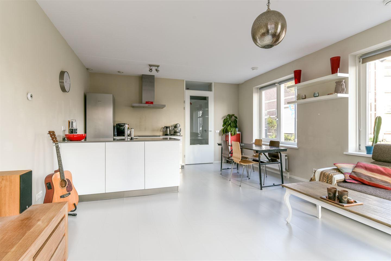 Bekijk foto 3 van Van der Hulststraat 28