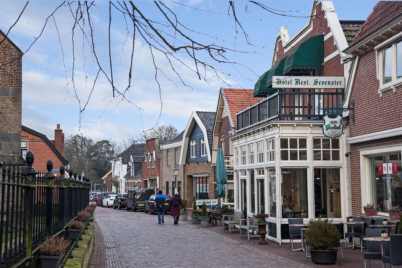 Bekijk foto 2 van Marktstraat 2