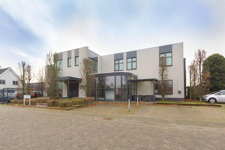 Bekijk foto 2 van Tinus van der Sijdestraat 10